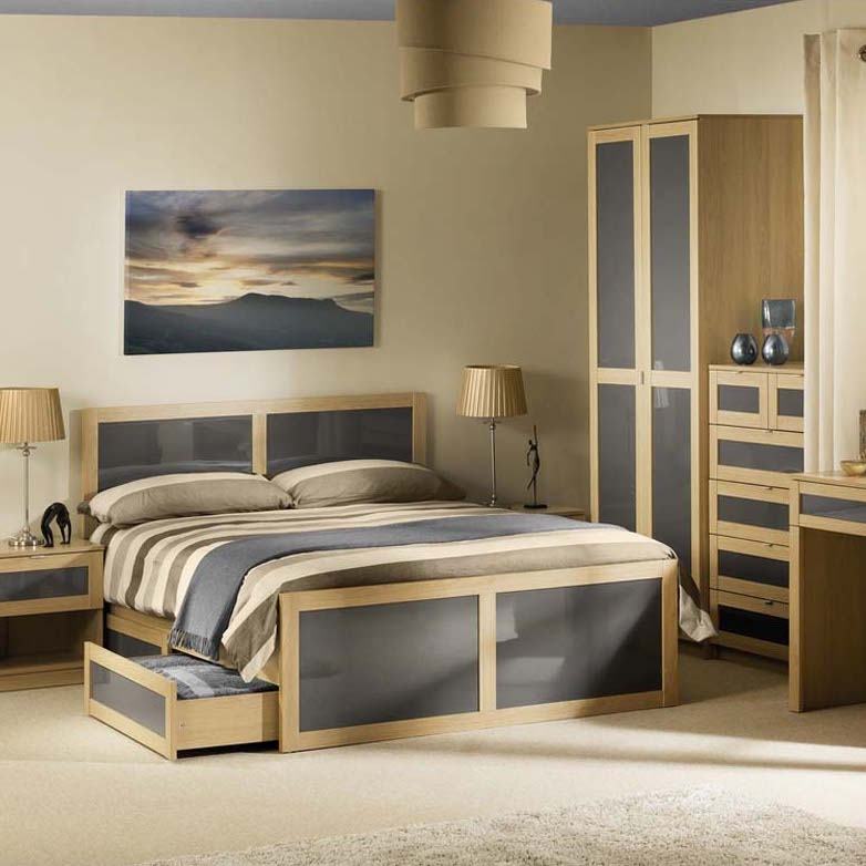 Strada furniture
