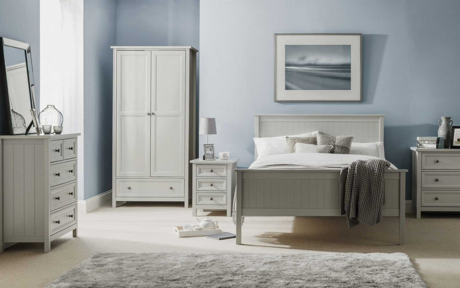 Julian Bowen Maine bedroom furniture